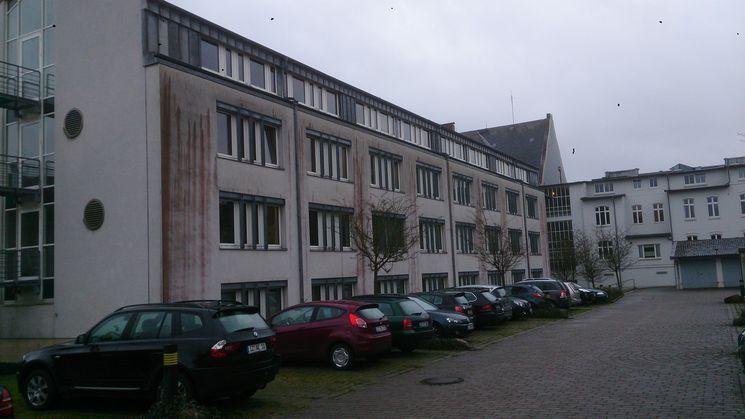 Westfassade Hofanbau - Blick Richtung Südenv