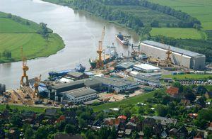 Luftaufnahme vom Schiffsbau