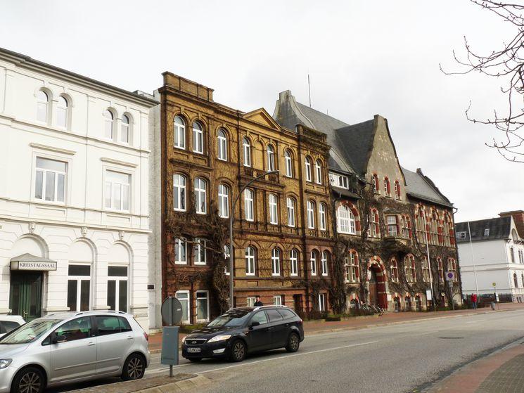 Historisches Landratsamt und Bollhardt'sches Gebäude an der Viktoriastraße